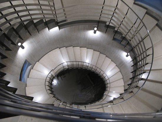 Centro Culturale Don Orione Artigianelli: The stairs.