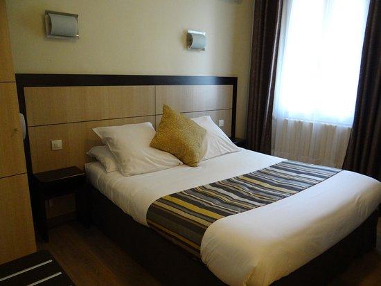 Hotel Sainte Anne: quarto