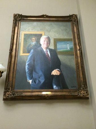 Jackson, MS: Segregationist governor Haley Barbour
