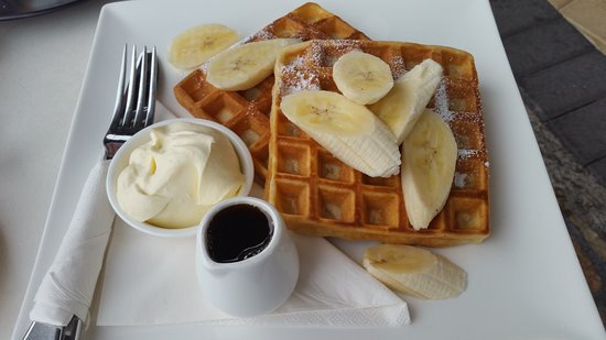 Frederick's Cafe: Waffles