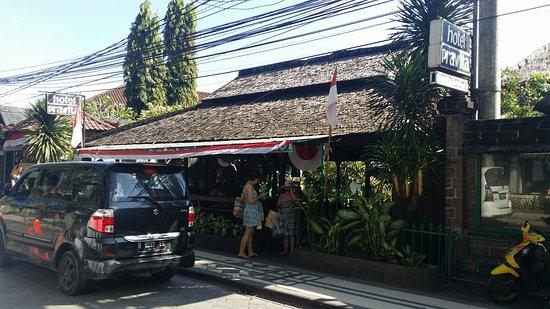 Hotel Prawita: 20160808_151116_large.jpg
