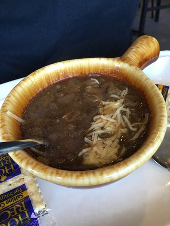 Minden, Νεβάδα: French Onion soup- a little shredded parmesan but nothing to write home about.