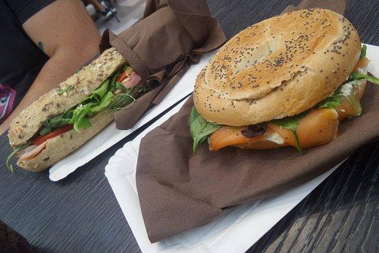 Viva BuonoFrescoNaturale : bagel al salmone e panino cotto + brie