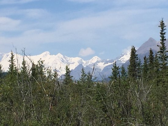 McCarthy, AK: One of the views, a few minutes walk from the guest house