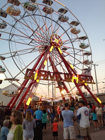 Ferris Wheel Ride Picture Of Fantasy