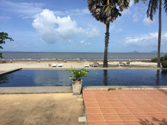 The Beach Boutique Resort: photo0.jpg