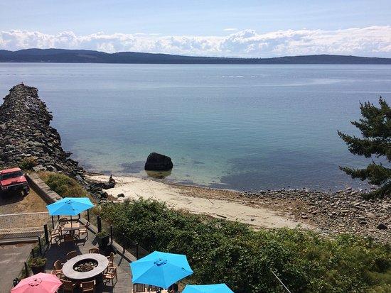 Savoury Bight Seaside Restaurant & Pub Photo