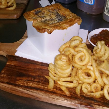 Cafe on the Park: Beef, beer & bacon Pot Pie with curly fries