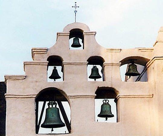 Mission San Gabriel Archangel: bells of Mission San Gabriel