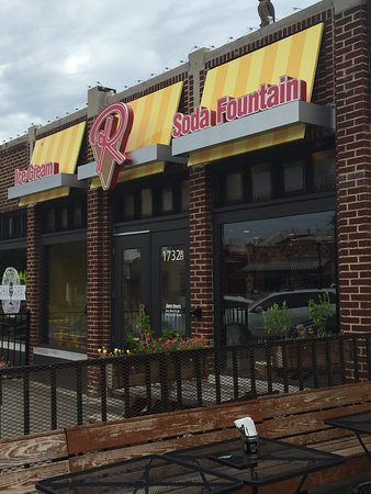 Roxy's Ice Cream Social, Oklahoma City - Restaurant Reviews, Photos