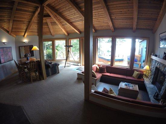 A Snug Harbour Inn: photo8.jpg
