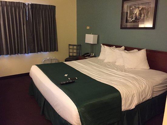 Kenai, AK: Room 106