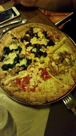 Il menù e le nostre pizze: Valtellina e 4 tempi