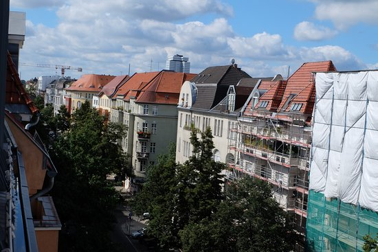 Citadines Kurfuerstendamm Berlin: Uitzicht kamer 7e verdieping (718)