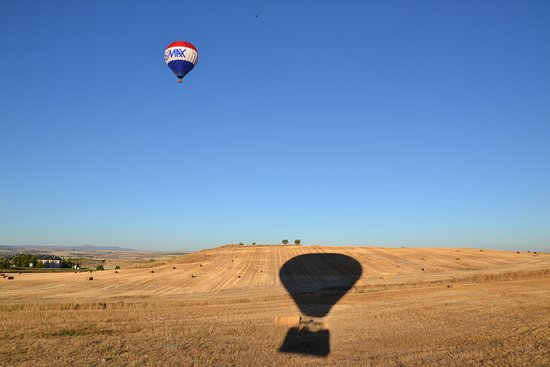 Aerotours: A ras del suelo!