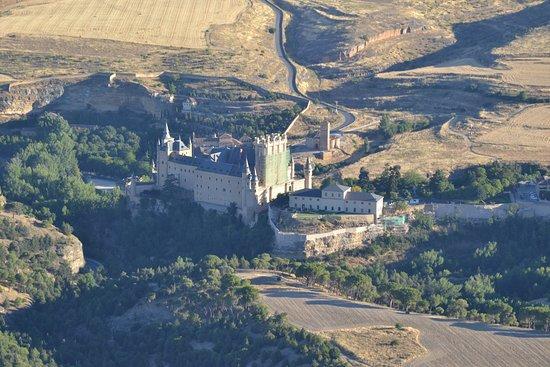 Aerotours: El Alcázar de Segovia