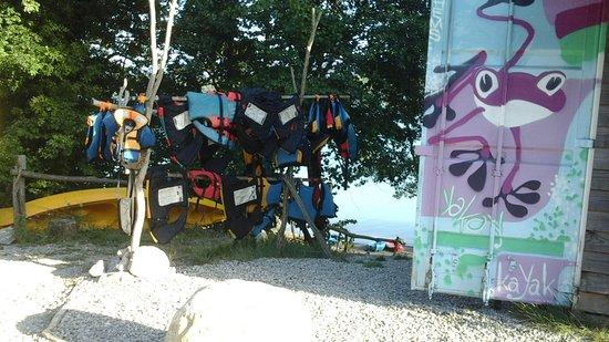 Leran, Frankrike: Equipements pour les petits et grands