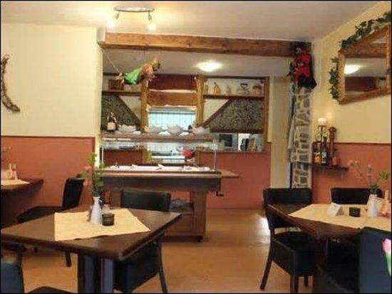 Altenau, Alemania: Innen klein und auch kuschelig