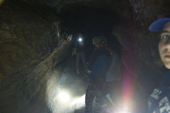 Baskuchanskaya Cave: В пещере