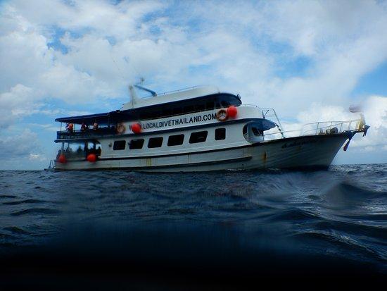 Merlin Divers - Kamala Diving Center: The dive boat