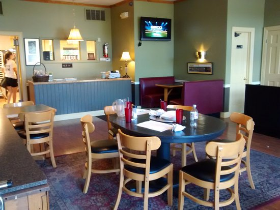 Canton, NY: Inside seating, ordering counter
