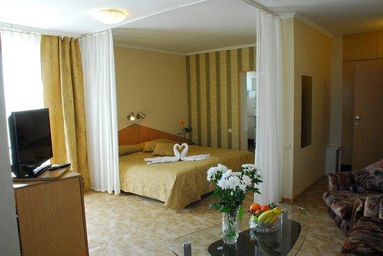 Noviz Hotel