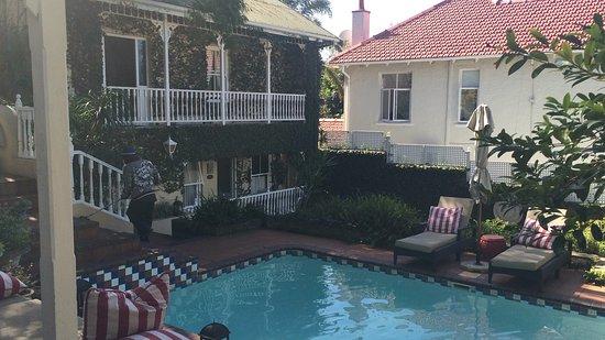 Goble Palms Guest Lodge & Urban Retreat: photo1.jpg