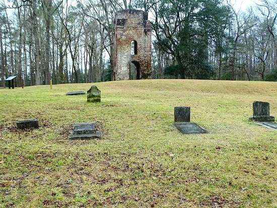 Colonial Dorchester State Historic Site : graveyard