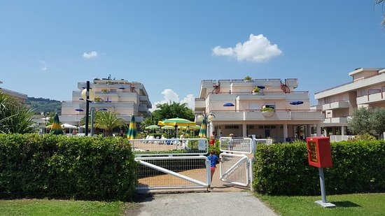 Residence Hotel Le Terrazze: 20160727_124001_large.jpg