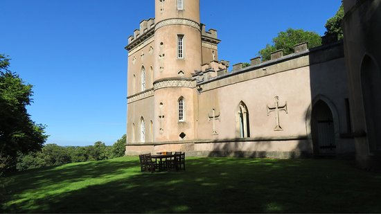 Clytha Castle: photo2.jpg