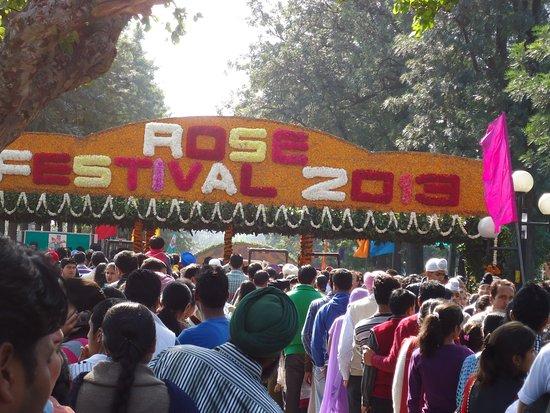 Chandigarh Rose Garden: ENTRANCE TO THE FESTIVAL