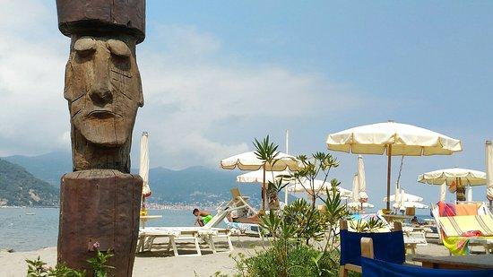 P_20160730_135518_large.jpg - Foto di Bagni Capo Mele, Laigueglia ...