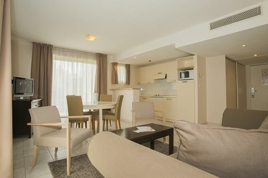 Excelsuites Hotel - Residence : Suite/appartement supérieur luxe 50m2