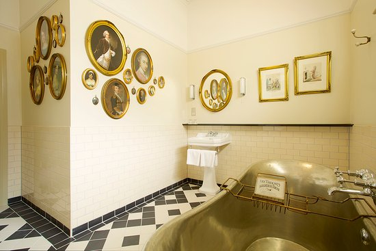 Blandford Forum, UK: Luxury Bathroom