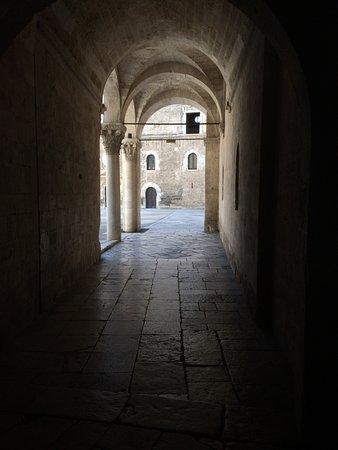 Interno Castello 1 Picture Of Castello Normanno Svevo