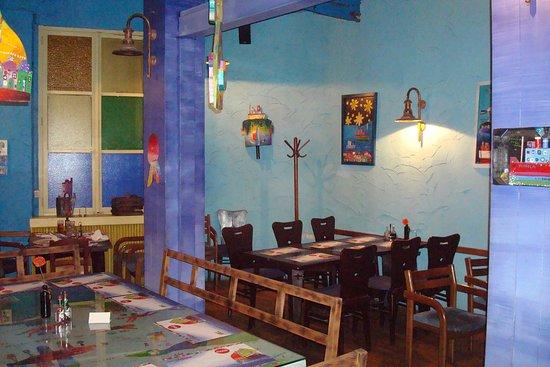 Zlatna Skoljka: Restaurant corner