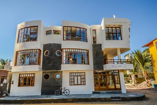 Hotel Volcano Isabela Front Site
