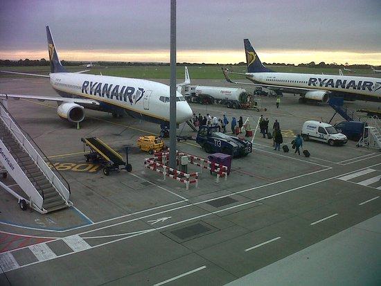 Dublin Airport T1 Picture Of Ryanair World Tripadvisor