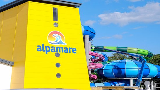 Scarborough, UK: Alpamare