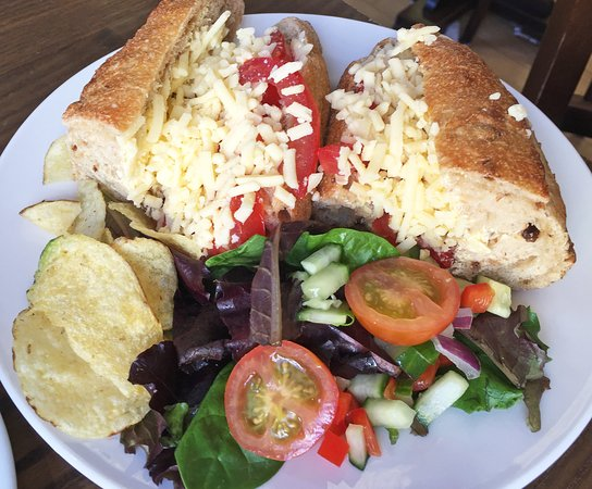 Reeve the Baker: A top value sandwich - freshly made