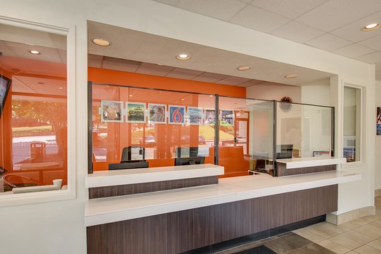 Motel 6 Baltimore - Camden Yards: Lobby
