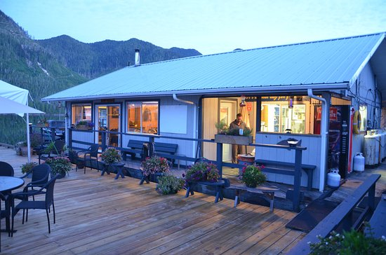 Tahsis, Kanada: Rodgers Fishing Lodge dining hall