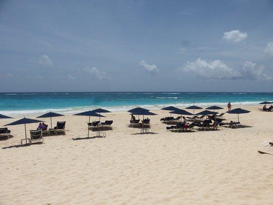 Elbow Beach, Bermuda: Beach View
