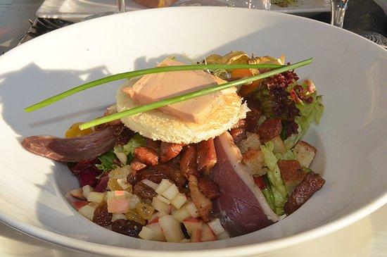 Sable-sur-Sarthe, Francia: Salade au foie gras.
