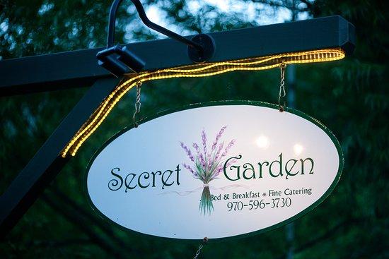Gambar Secret Garden