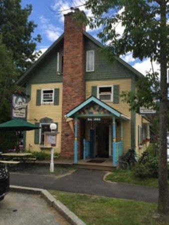 Depot Street Malt Shop : Stowe's family friendly restaurant since 1992