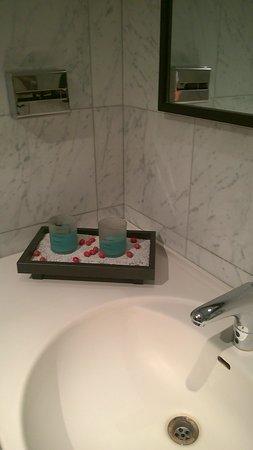 Italiana Hotels Cosenza: bagno Hall