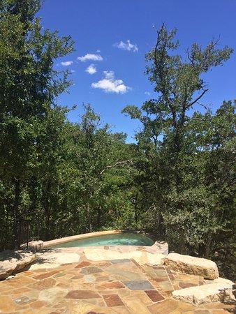 Joshua Creek Ranch: Spool (Spa/Pool) at Tree Haus