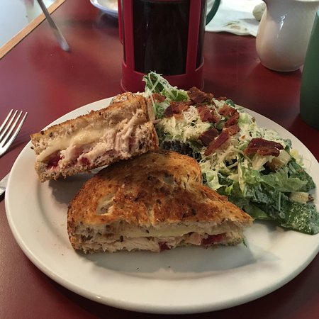 Stone Soup Cafe: Grilled chicken cranberry and Brie cheese