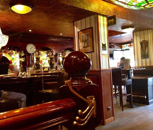 le lord pub nevers restaurant avis num ro de t l phone photos tripadvisor. Black Bedroom Furniture Sets. Home Design Ideas